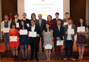 Los ganadores de los Premios Nacionales de Bachillerato 2011-2012 con el Ministro de Educación, Cultura y Deporte, José Ignacio Wert Ortega