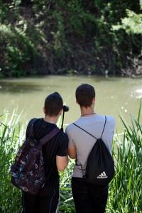 Alumnos observando el río Henares