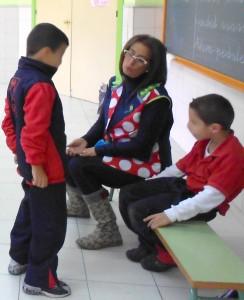 Foto niños en clase