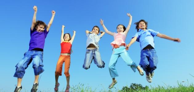 niños_saltando