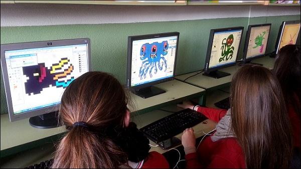 Imagen alumnas Colegio San Juan Bosco (Madrid).