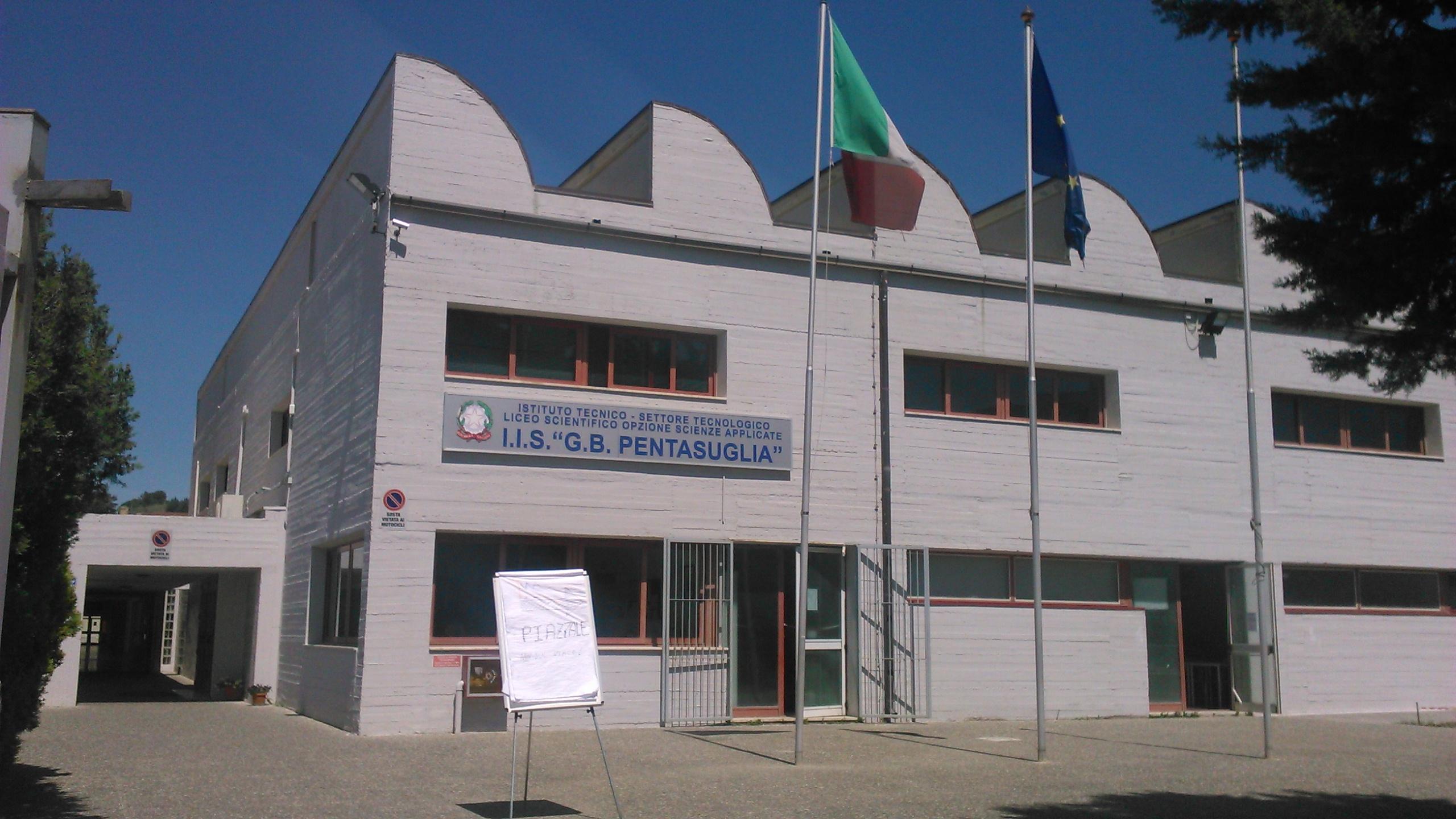 Instituto (23)