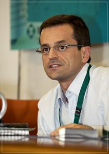 Fotografía del profesor Antonio Cabrales