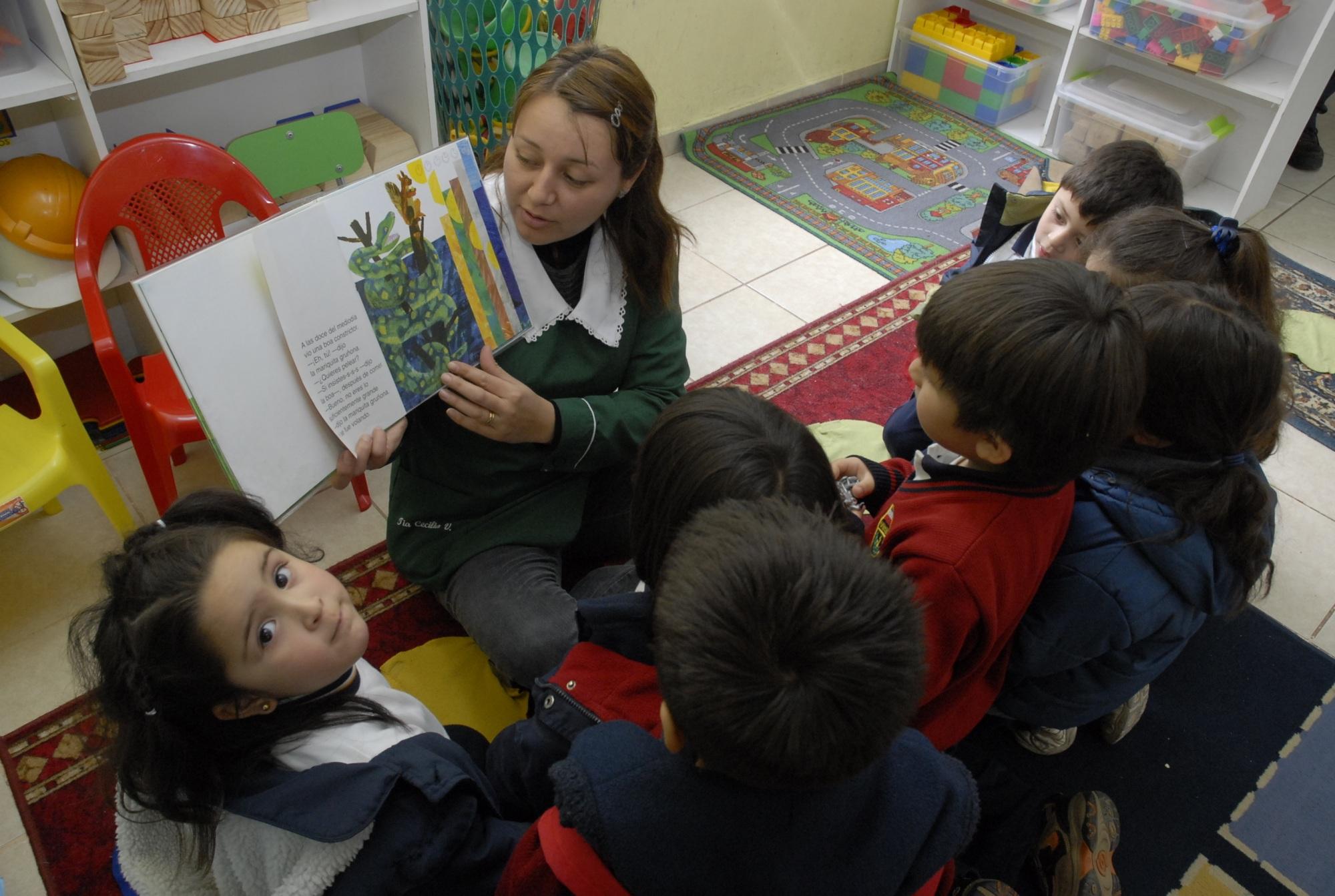 Evaluarán_las_distintas_estrategias_para_enseñar_a_leer_en_los_establecimientos_subvencionados_chilenos